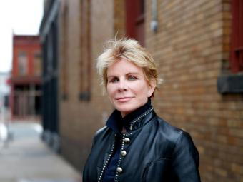 Alumna Patricia Cornwell Game Changer